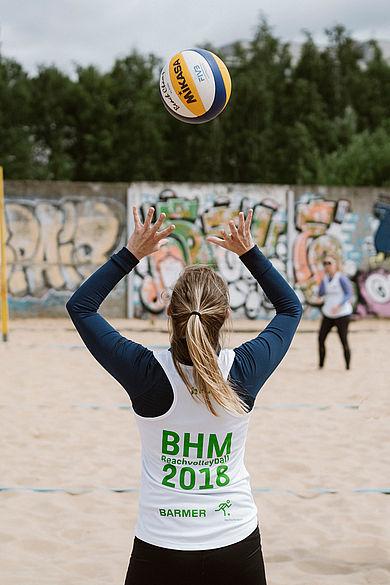 Volleyballspielerin bei den Berliner Hochschulmeisterschaften